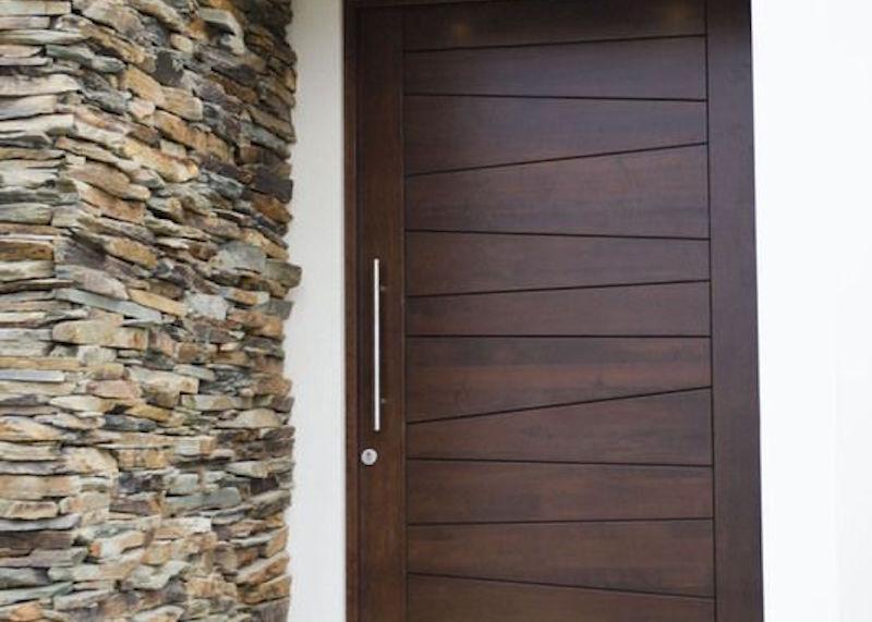 Puertas aluminios mesa quesada for Puerta entrada aluminio